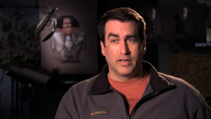 Rob Riggle über O Hares Haarschnitt - OV-Interview Poster