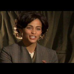 """PAULA PATTON - """"Miss Rain"""" über die Message des Films - OV-Interview Poster"""