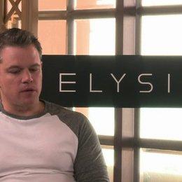 Matt Damon über Sharlto Copley - OV-Interview Poster