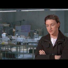 James McAvoy über den Stil und Zeitrahmen des Films - OV-Interview Poster