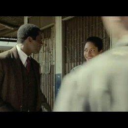 Die erste Begegnung von Mandela und Winnie - Szene Poster