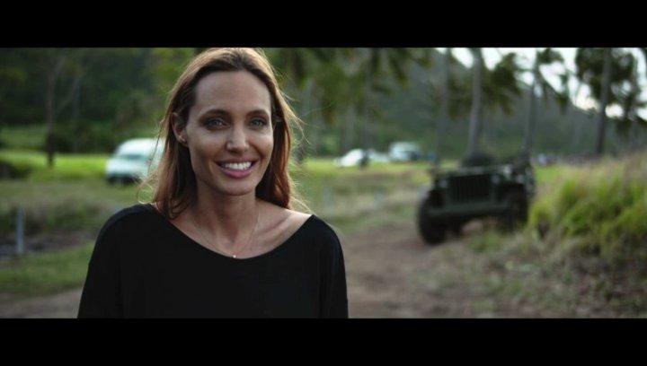 Angelina Jolie über den Schauspieler und Musiker Miyavi - OV-Interview Poster