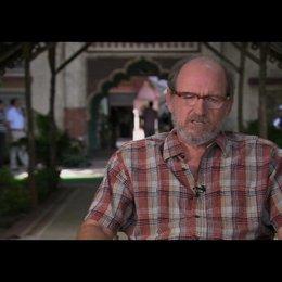 """Richard Jenkins (""""Richard aus Texas"""") über seine Rolle - OV-Interview Poster"""