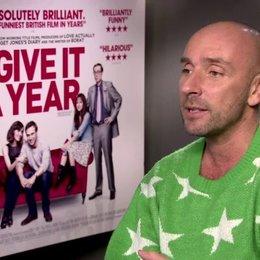 Dan Mazer (Regisseur) über Rose Byrnes Angst vor Vögeln - OV-Interview Poster