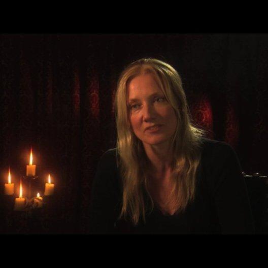 Joely Richardson über ihre Rolle - OV-Interview Poster