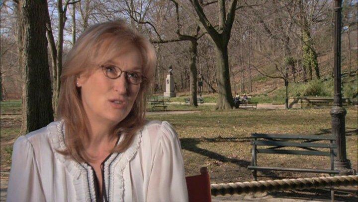 Meryl Streep - über Julia Childs Leidenschaft - OV-Interview Poster