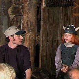 Michael Bully Herbig stellt den zehnjährigen Wickie-Darsteller Jonas Hämmerle vor. - Pressekonferenz Poster