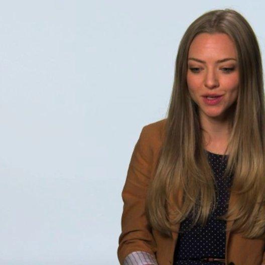 Amanda Seyfried über Teds Reise im Film - OV-Interview Poster