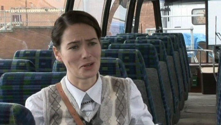 Interview mit Lena Headey (Miss Dickinson) - OV-Interview Poster