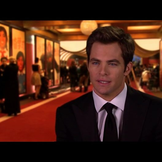 Chris Pine - FDR - über seine Rolle - OV-Interview Poster