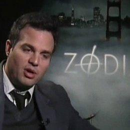 Mark Ruffalo (Inspektor David Toschi) über seine Vorbereitung auf den Film, Erkentnisse und den Fall ''Zodiac''. - OV-Interview Poster