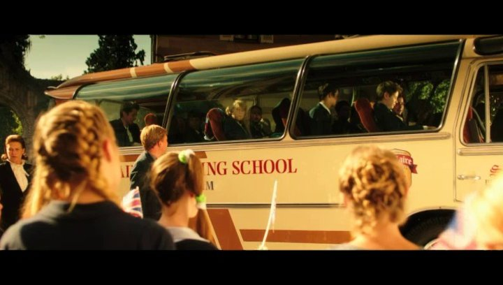 Ankunft der Austauschklasse aus England - Szene Poster