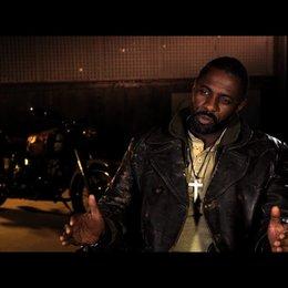 Idris Elba über seine Rolle - OV-Interview Poster