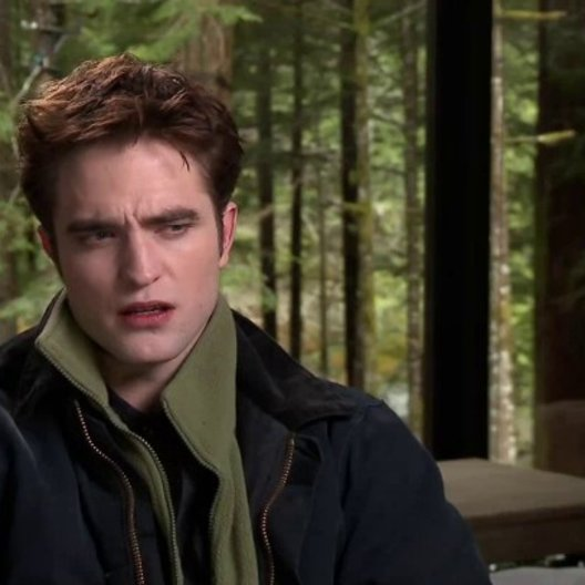 Robert Pattinson - Edward Cullen über den Film - OV-Interview Poster