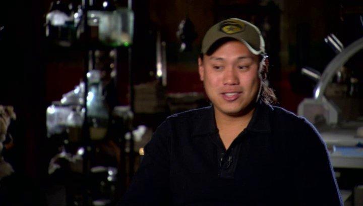 Jon M Chu (Regisseur) über Bruce Willis als General Joe Colton - OV-Interview Poster