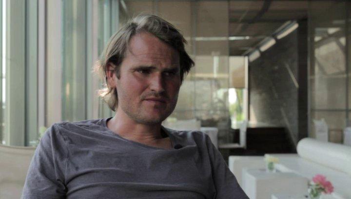 Fabian Hinnrichs über die Fellborn-Apple-Beziehung - Interview Poster