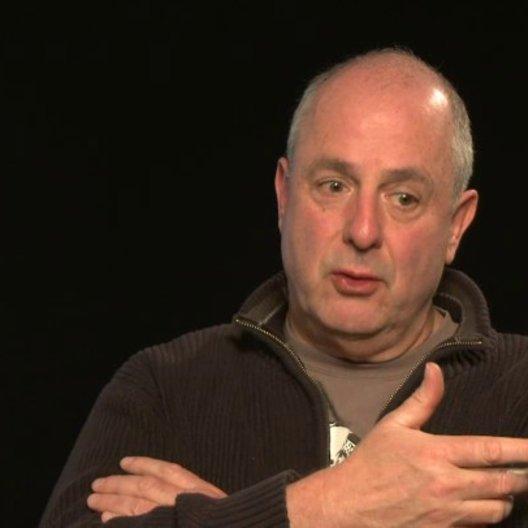 Roger Michell über die Story - OV-Interview Poster