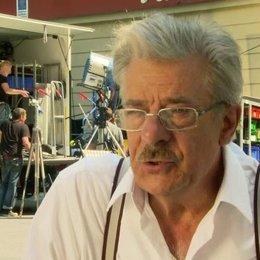 Giancarlo Giannini (Lorenzo) über seine Rolle, den Film und Marianne Sägebrecht - OV-Interview Poster
