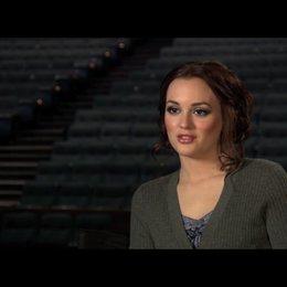 """Leighton Meester (""""Chiles Stanton"""") über die Veränderung ihrer Rolle - OV-Interview Poster"""