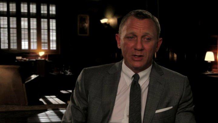 Daniel Craig über die Stuntarbeit - OV-Interview Poster