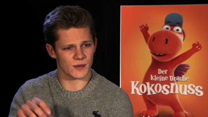 Max von der Groeben über das Synchronisieren - Interview Poster