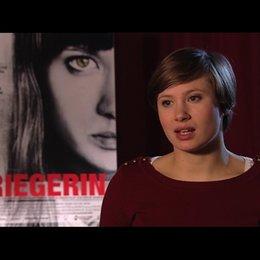 Alina Levshin über Regisseur David Wnendt - Interview Poster