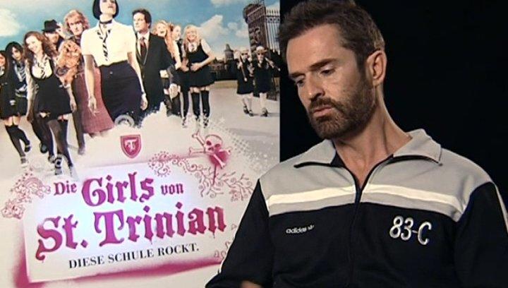 Interview mit Rupert Everett (Camilla Fritton/Carnaby Fritton) - OV-Interview Poster
