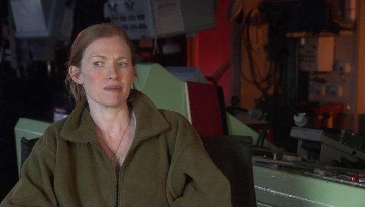 Mireille Enos - Karin Lane - über die Zusammenarbeit mit Brad Pitt - OV-Interview Poster