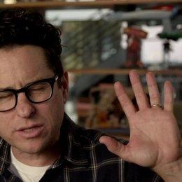 JJ Abrams - Regisseur - über die Unterschiede zwischen Kirk und Spock - OV-Interview Poster