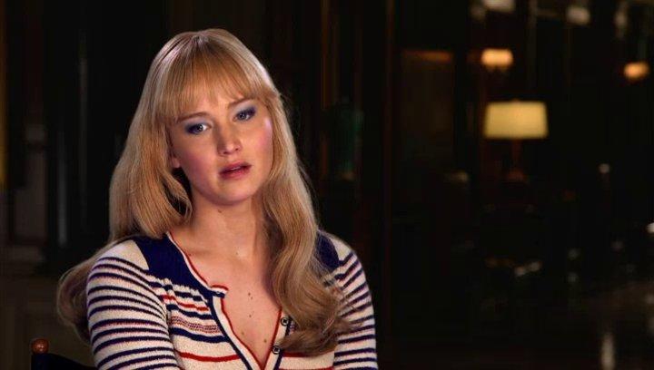 Jennifer Lawrence - RavenMystique - über die Entwicklung, die Mystique gemacht hat - OV-Interview Poster