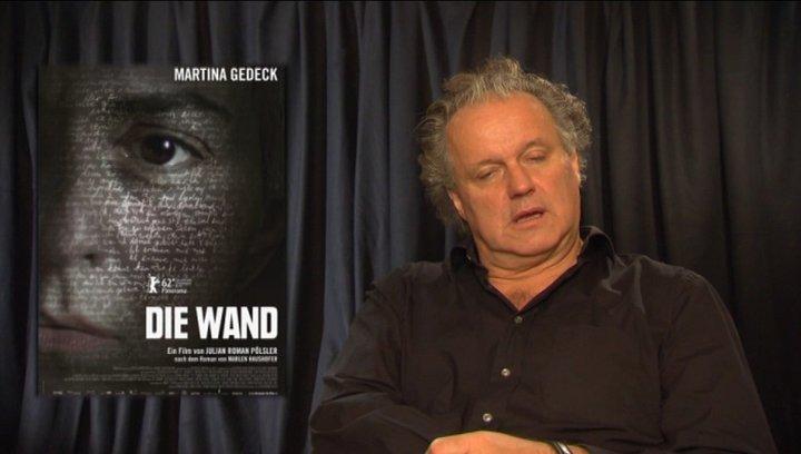 Julian Pölsler - Regisseur - über die Darstellung der Wand - Interview Poster