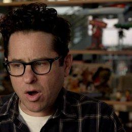 JJ Abrams - Regisseur - darüber was die Charaktere lernen - OV-Interview Poster