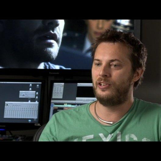 Duncan Jones (Regie) über das was das Publikum von dem Film haben wird - OV-Interview Poster