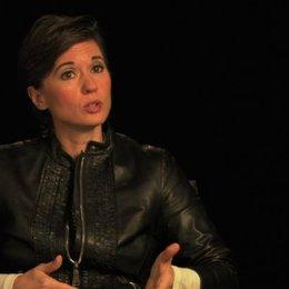 Kimberly Peirce über Carries übernatürliche Kräfte Teil 2 - OV-Interview Poster