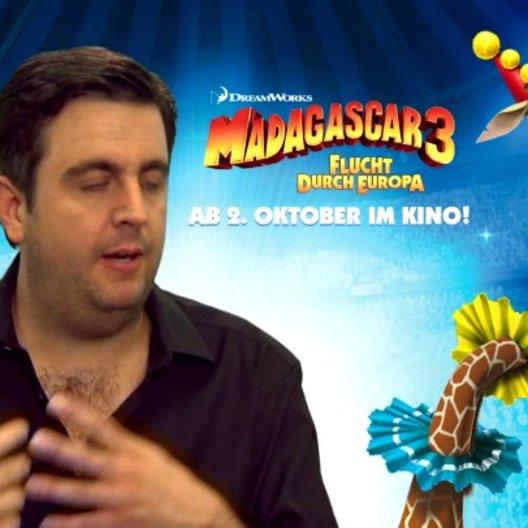 Bastian Pastewka - Melman - worüber man sich bei MADAGASCAR 3 freuen kann - Interview Poster