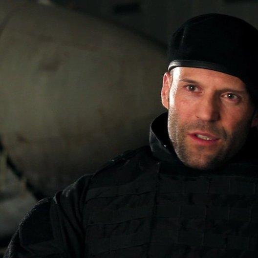 Jason Statham -Lee Christmas- über Regisseur Simon West - OV-Interview Poster