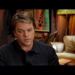 Matt Damon - Benjamin Mee - darüber, Musik am Set zu benutzen - OV-Interview Poster