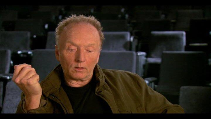 Tobin Bell (Jigsaw) über die Arbeit am Film - OV-Interview Poster