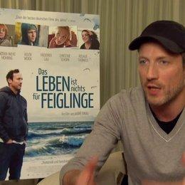 Wotan Wilke Möhring über Paula,  die von außen in die Familien einbricht - Interview Poster