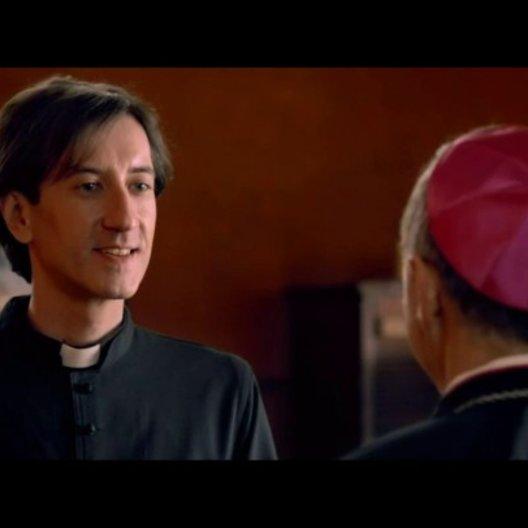 Fabian beichtet dem Bischof - Szene Poster