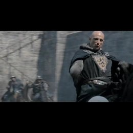 """Szenen aus """"Robin Hood"""" mit Kommentaren von Regisseur Ridley Scott, Russell Crowe (Robin) und Cate Blanchett (Marion). - Featurette Poster"""