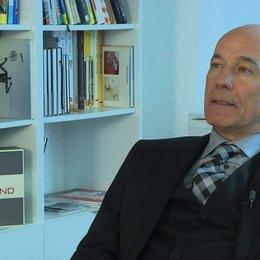 Heiner Lauterbach über die Beziehung von Georg Adler und Paul - Interview Poster