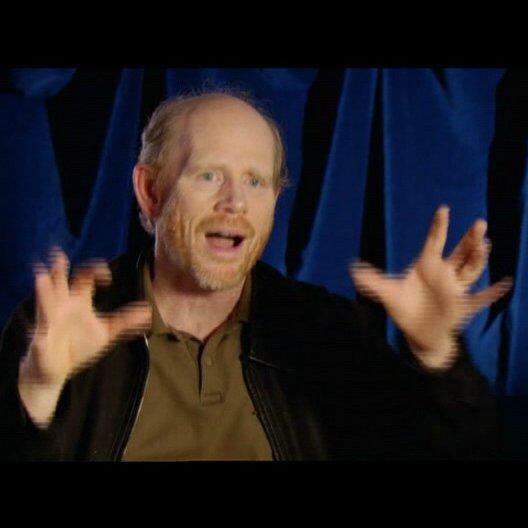 Howard über Langellas Vorbereitungen - OV-Interview Poster