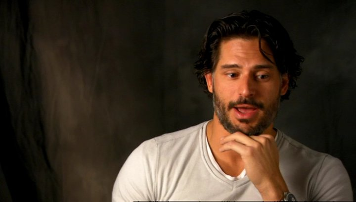 Joe Manganiello - Big Dick Richie über die Tanzszenen - OV-Interview Poster