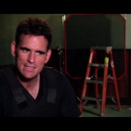 Matt Dillon - ueber die Verfolgungsszene mit Chris Brown - OV-Interview Poster