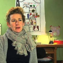 Neele Leana Vollmar über die Geschichte - Interview Poster