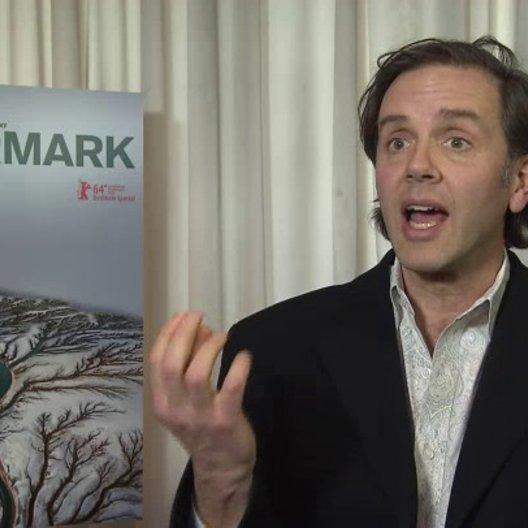 Nick de Pencier - Kamera und Produzent - über die Herangehensweise Geschichten für 'Watermark' zu finden - OV-Interview Poster