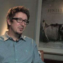 Scott Derrickson - Regie - über den Einfluss von The Shining - OV-Interview Poster