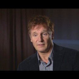 Liam Neeson - Dr. Martin Harris - über die Arbeit mit Bruno Ganz - OV-Interview Poster
