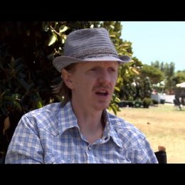 Andrew Adamson über die Reaktionen auf die Morgenröte - OV-Interview Poster